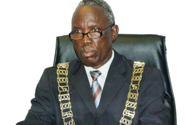 Re-instated councillors comply with party directive