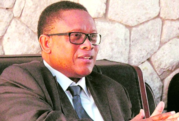 Minister warns against scam