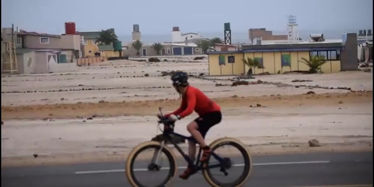 Cyclist braves lions on trip down Skeleton Coast